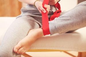 Mit Faszien-Yoga können Sie Ihre Faszien geschmeidig und elastisch halten.