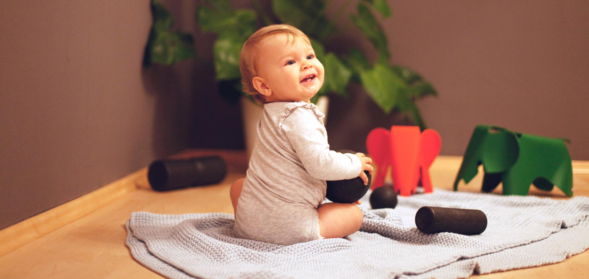 Osteopathen können gerade bei Neugeborenen und Säuglingen sowie später auch bei Kindern und Jugendlichen sehr erfolgreich behandeln.