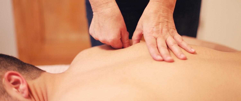 Anwendungsbereiche Osteopathie für Männer: Spannungskopfschmerzen, Migräne, Hyperhidrose (starkes Schwitzen)